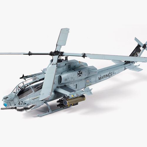"[1/35] 12127 USMC AH-1Z ""Shark Mouth""(Released March,2019)"